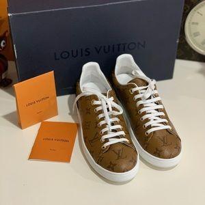 Louis Vuitton Frontrow Sneakers Reverse Monogram